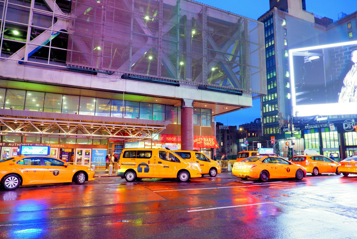 Ein #YellowCab auf der 8th Avenue ergattern 🚕