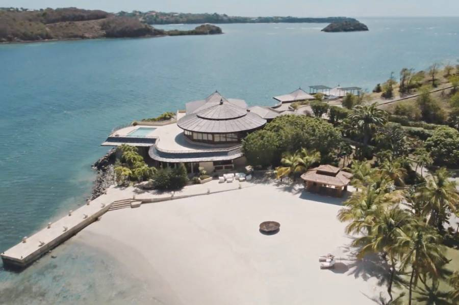 Melinda Gates reportedly rented private island to avoid media after divorce