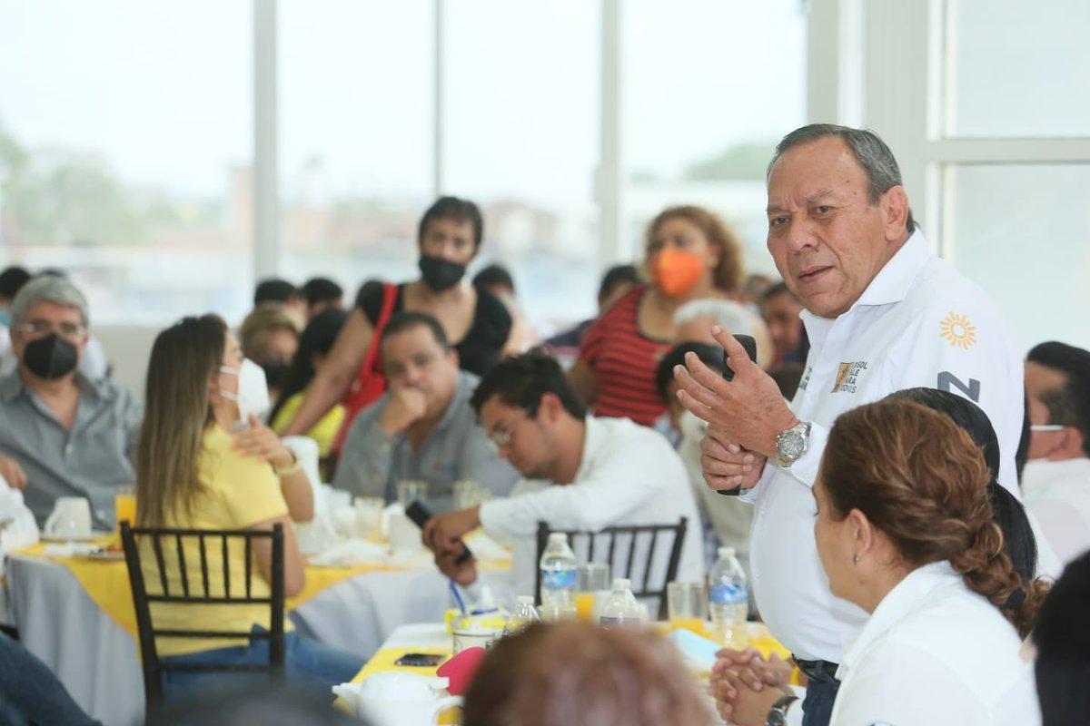 Por el bien de #Veracruz vamos a ganar la mayoría de las alcaldías, contamos con las mejores propuestas   en beneficio de la gente. Estamos convencidos que tendremos buenos resultados con @Pepe_Mancha al frente de la  presidencia municipal de #Tuxpan #VaPorMéxico @PRDMexico https://t.co/u5HsEggtR6