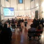 Image for the Tweet beginning: #EnAquestsMoments Presentació a la Sala