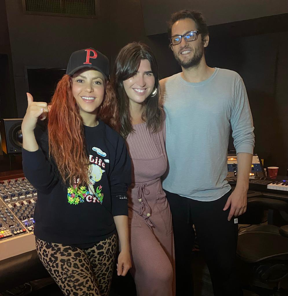 Amazing session at the studio with The Incredibles Emily Warren and Ian Kirkpatrick!  This song is 🔥🔥🔥 https://t.co/H9S5ZxEBip