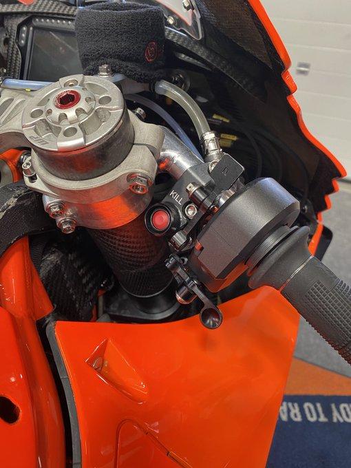 Moto GP 2021 - Page 16 E12v1ySWEAckR0E?format=jpg&name=small