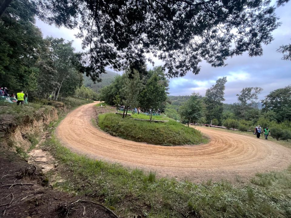 WRC: 54º Vodafone Rallye de Portugal [20-23 de Mayo] - Página 3 E15LdalX0AA3Ulq?format=jpg&name=medium