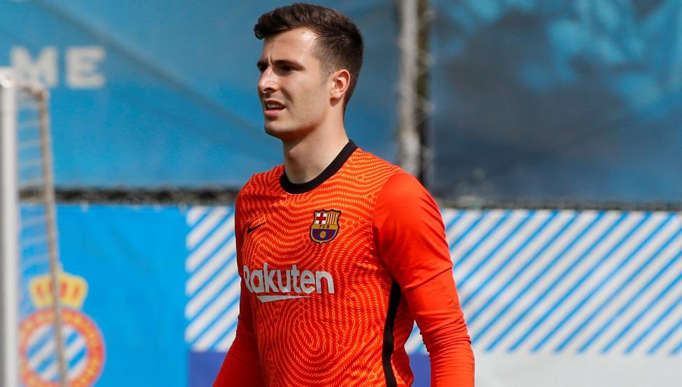 """barcacentre on Twitter: """"Against Eibar, Ronald Koeman has the possibility  of making another youngster debut this season: Iñaki Peña. [md]… """""""