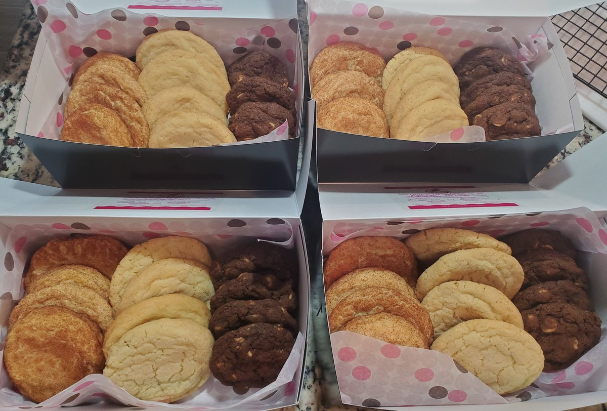 4 assortment boxes of Totally Snickerdoodle, Totally Sugar, Totally Chocolate Peanut Butter Chip that went out for delivery! 🍪 #ThankYouForYourSupport! 💜🤘🎶  #TotallyBaked #CookieDelivery #SanAntonio #AlamoRanch https://t.co/kSC6nCai2I