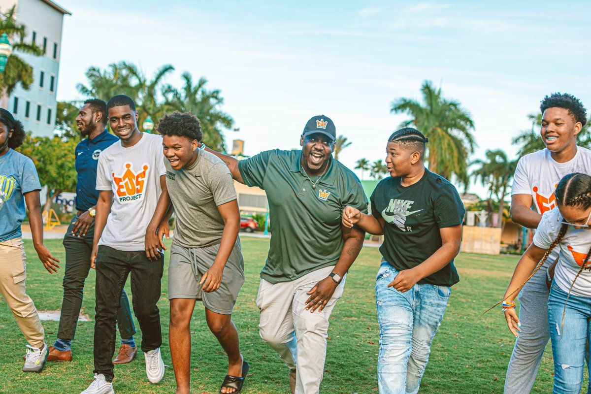 We are so proud to have Pulte Family Foundation as a partner in building up our teens and our community. We look forward to making an even greater positive impact moving forward.#EJSProject  #pultefamilyfoundation #EmpoweringYouth