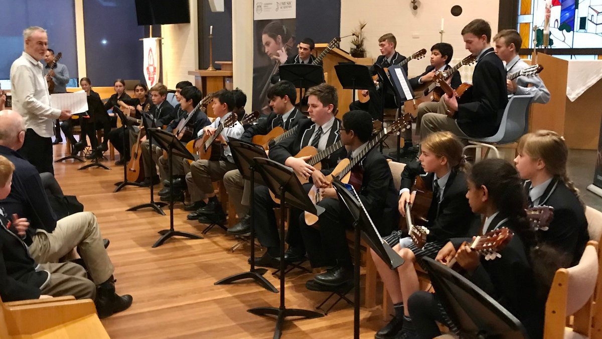 About twenty CGS students were thrilled to attend the Guitar Trek performance and masterclass held at @_CGGS last Friday. The event was a great success with a world class performance by Guitar Trek (led by Tim Kain) followed by a productive workshop for students.