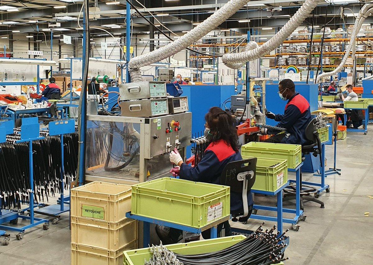 La @BanqueDesTerr est fière de soutenir #BretagneAteliers en titres associatifs 1,2 M€ dans sa levée de fonds de 5,2 M€. Une des + grandes Entreprises Adaptées #EA #ESAT #industrielles de France, 420 travailleurs en situation de #handicap #ESS #inclusion #impact @BdT_Bretagne