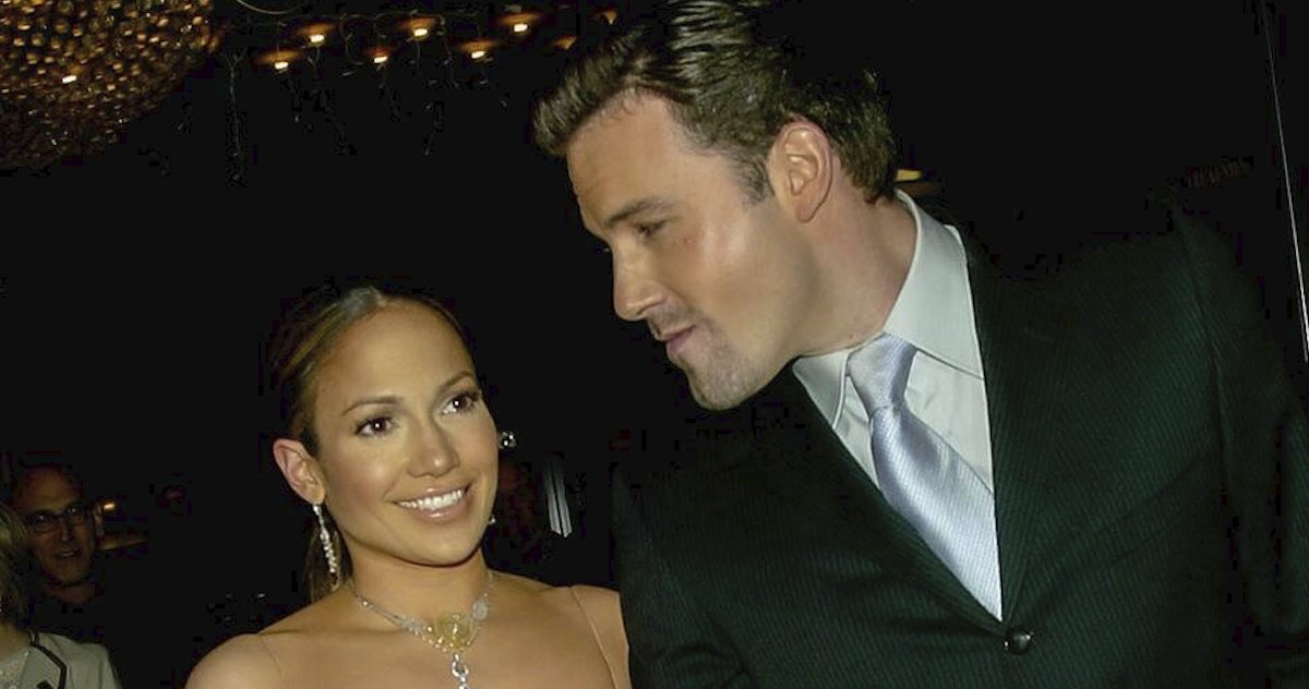 """17 years after calling off their engagement, Jennifer Lopez and Ben Affleck are back: """"The chemistry is unreal."""" https://t.co/1JVBeh1eMs https://t.co/1T4HJwZHg3"""