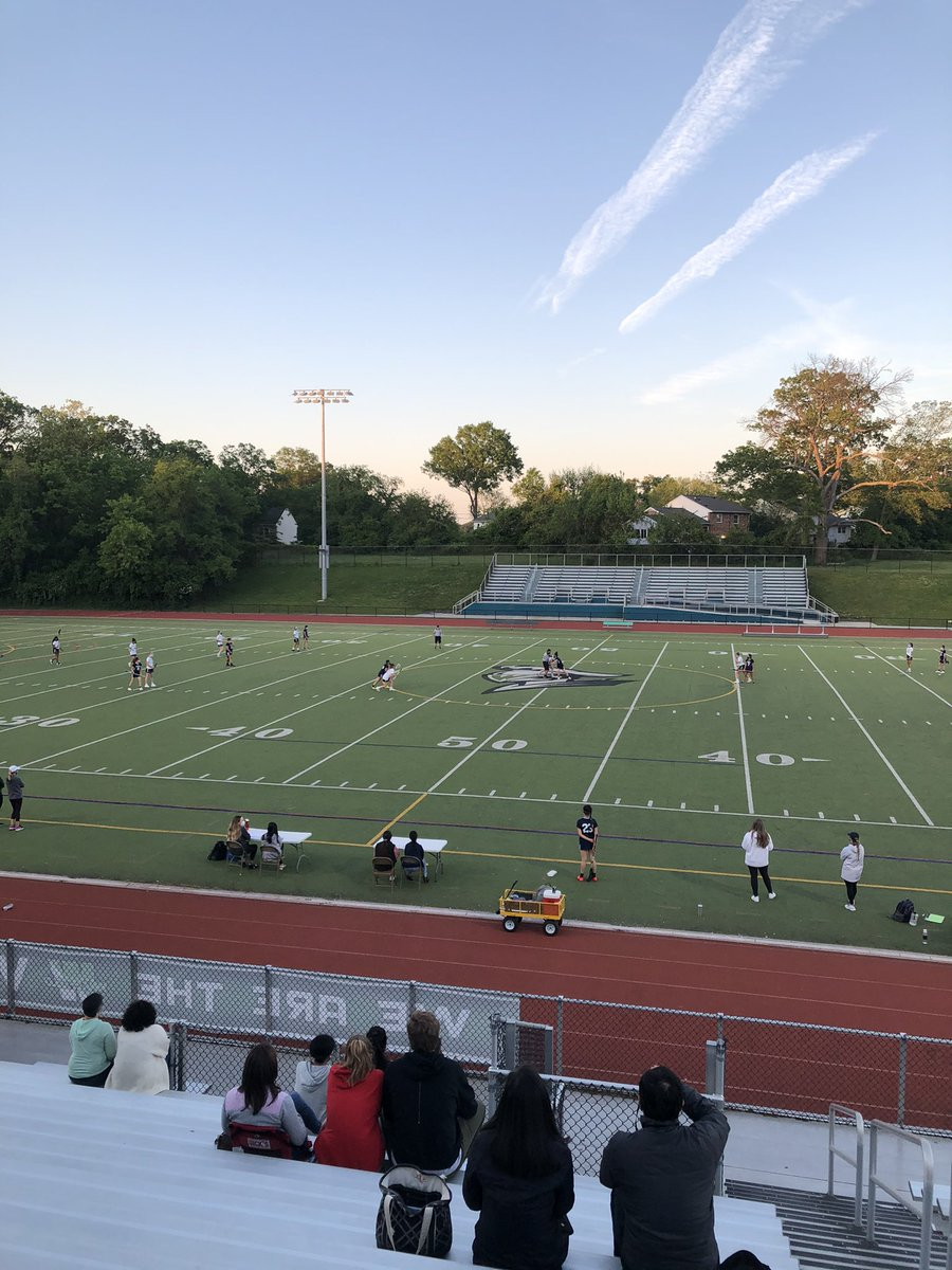 Beautiful night for girls varsity lacrosse! <a target='_blank' href='https://t.co/XyLBOFBK7M'>https://t.co/XyLBOFBK7M</a>