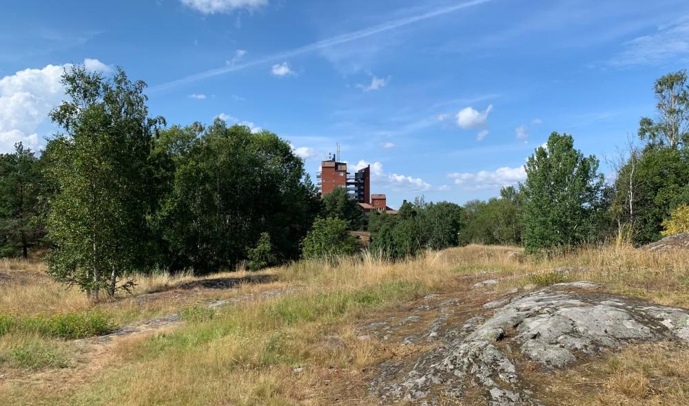 Markanvisning till Riksbyggen för 100 lägenheter i Skarpnäck https://t.co/Y6CwjdkQyI https://t.co/QVJEM2ZGcN