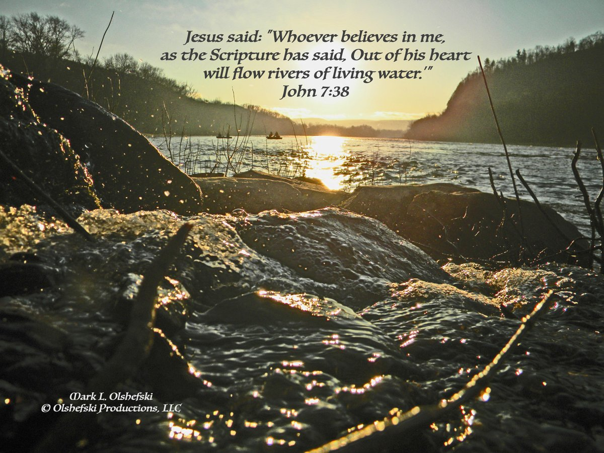 """Message from John 7:38 - Jesus said: """"Whoever believes in me, as the Scripture has said, 'Out of his heart will flow rivers of living water.'"""" https://t.co/ilEnlBPN1M @Pontifex @InTouchMin @davidjeremiah @NetlamBharath @_LivingFaith @TimesofIsrael @GodsDailyLove  @nytimesarts https://t.co/AZuqsLNaA5"""