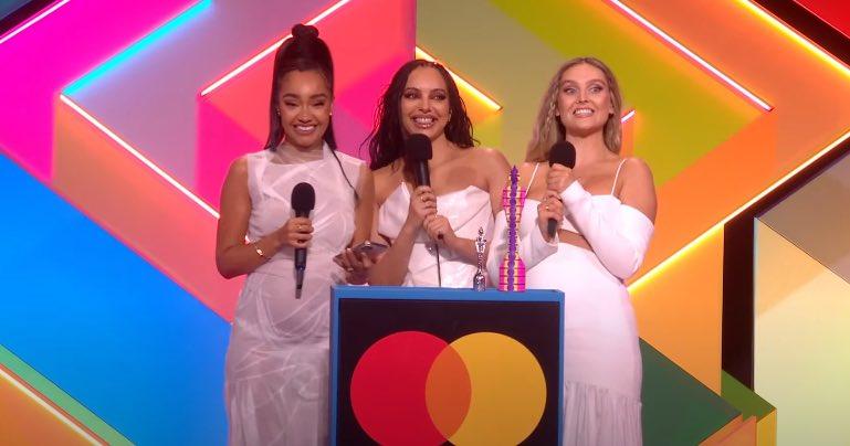 Grupo Little Mix discursa ao receber prêmio de Melhor Grupo (Reprodução/Internet)