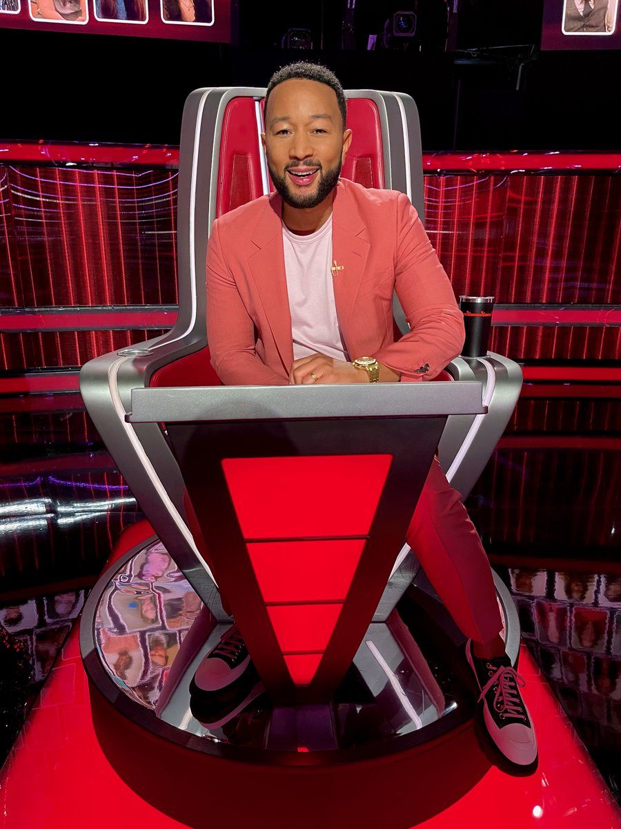 First live results show in the books! See you next week for the top 9! #TeamLegend #TheVoice