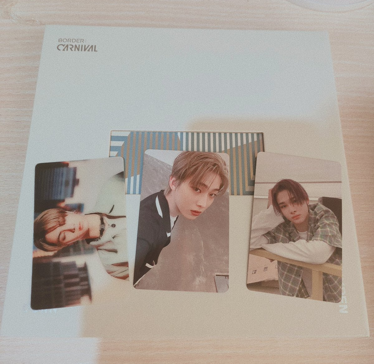 I just got my album and I pulled sunoo, ni ki, and jay pcs 😭💗 I'm literally squealing when I got them since they're my biases!!! ( ꈍᴗꈍ)(人*´∀`)。*゚+ #ENHYPEN1stWin #ENHYPEN #SUNOO #JAY #NI_KI