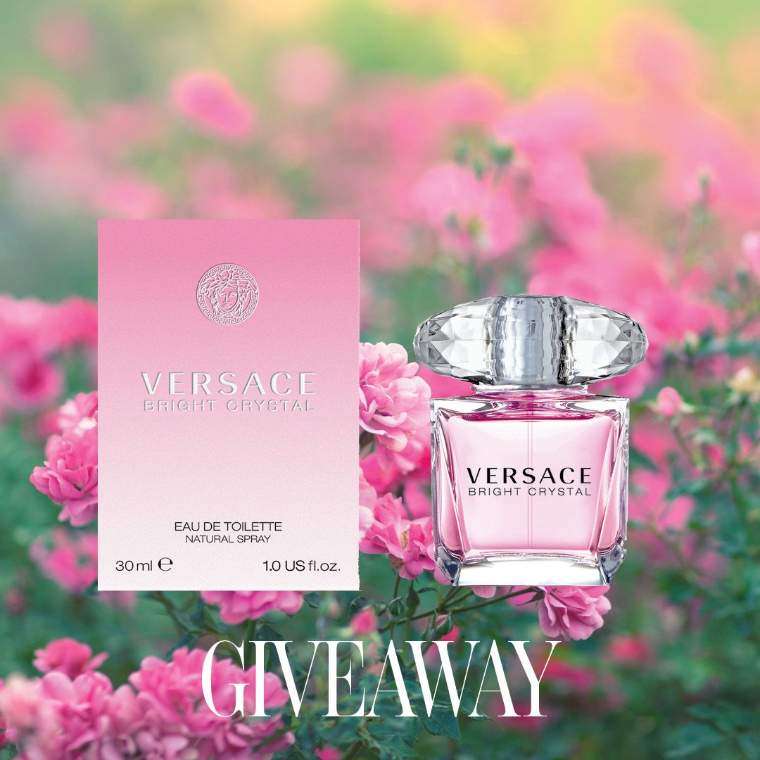 This week's special #scentlodge Twitter Giveaway is Versace Bright Crystal eau de toilette. This is a sparkling floral with notes of pomegranate, peony, magnolia and musk. To enter, follow @scentlodge & RT (ends 19/05) #canwin https://t.co/mvVAIOl9Hm