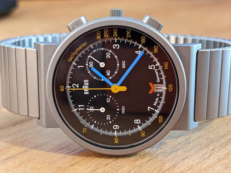 Available on r/watchexchange on Reddit is the Braun AW75 Chronodate quartz Chronograph. Nearly unworn as per seller u/topherkohl   #braun #braunwatch #germanwatches #watchexchange https://t.co/wqWmjfDpsn