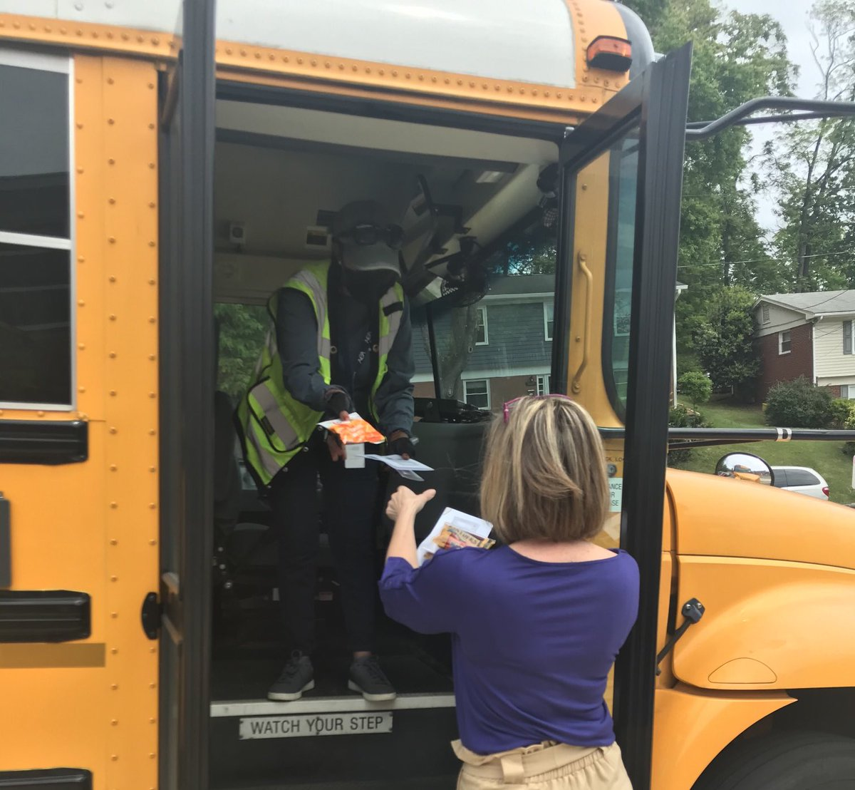 Ashlawn is so thankful for our wonderful bus drivers! <a target='_blank' href='https://t.co/QbAyKErpwG'>https://t.co/QbAyKErpwG</a>