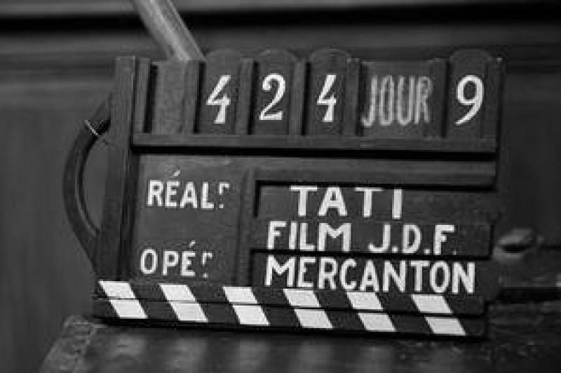 Jacques Tati Exposició Deux temps, trois mouvements: Jour de Fête #JacquesTati #jourdefête https://t.co/onUBa9oBUH