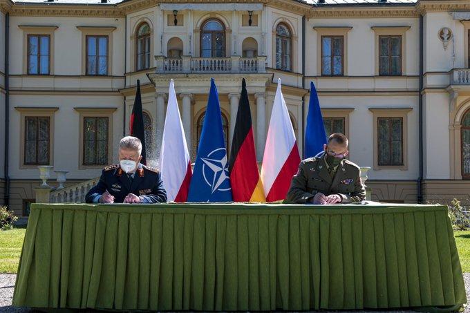 Споразумение: Германски изтребители над Полша, полски над Германия