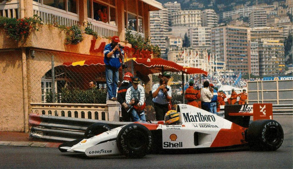 #OnThisDay 30 years ago Ayrton Senna wins the Monaco GP for the fourth time and his career 30th win. He lapped Prost and dedicated his win to his Mother on Mother's Day 1991.  #sennasempre #AyrtonSenna #Brazil #formula1 #F1 #Monaco #monacogp #wecompetetowin #otd https://t.co/zWaNULSZPm