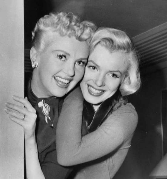 Betty Grable and Marilyn Monroe during the filming of How To Marry A Millionaire (1953) https://t.co/FIJjhEcMKL