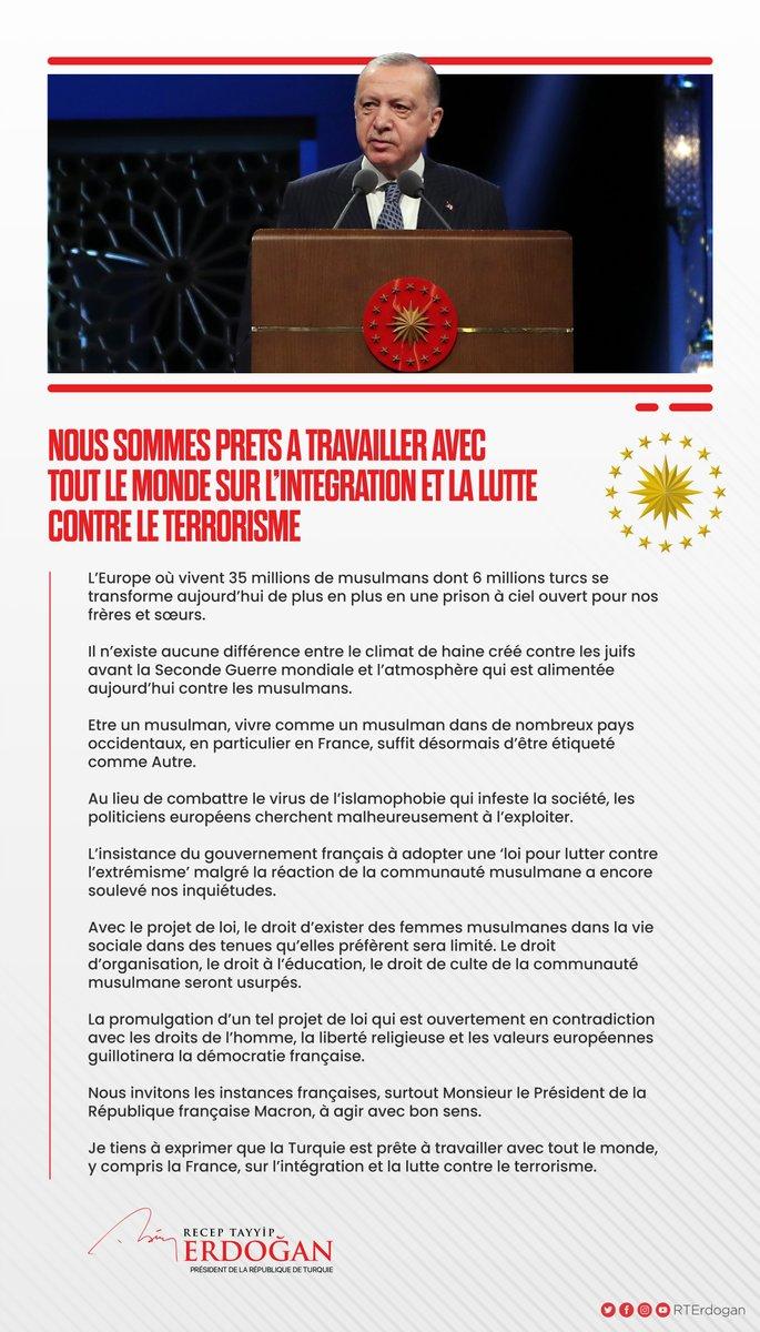 Je tiens à exprimer que la Turquie est prête à travailler avec tout le monde, y compris la France, sur l'intégration et la lutte contre le terrorisme.