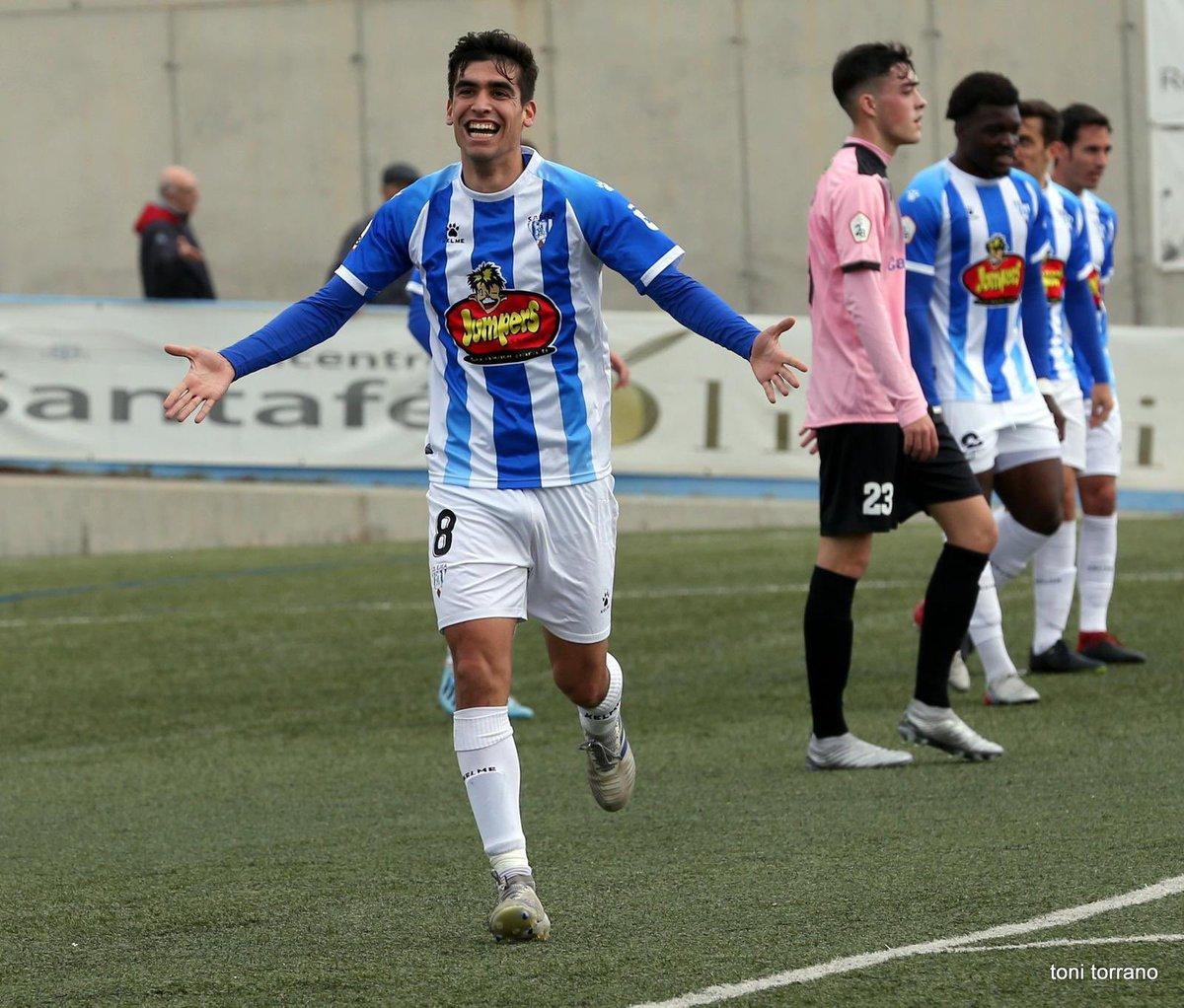 🗞️ El compte de Twitter anomenat @laeradelbronce li ha fet una petita entrevista escrita a l'actual jugador del Lleida Esportiu, Albert Torras (@CrespoTorras).  La podeu llegir a la següent publicació ⬇️
