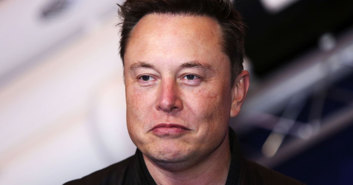 """""""We are concerned about rapidly increasing use of fossil fuels for Bitcoin mining and transactions.""""  Musk says Tesla will not accept Bitcoin, citing climate concerns https://t.co/WvJgvkQf23 https://t.co/3ha5L5J4nF"""