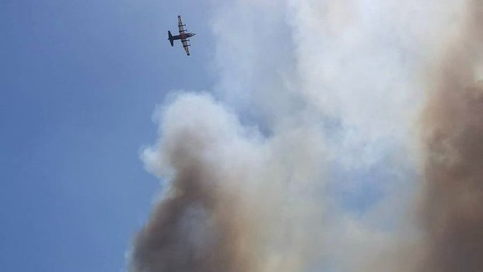 Air attack flying over the #PineFire