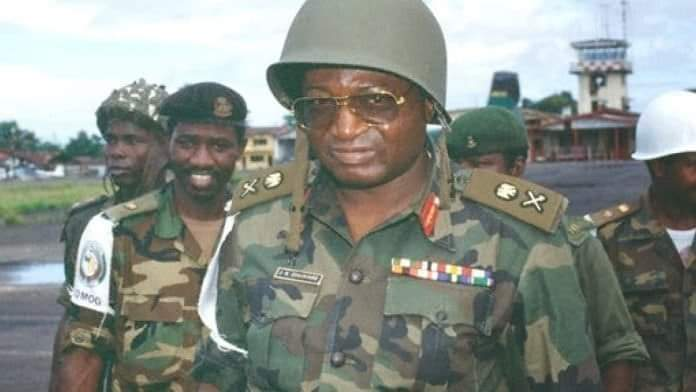 Former Chief Of Defence Staff General Dogonyaro, Dies At Age 80, Nigerians Mourn
