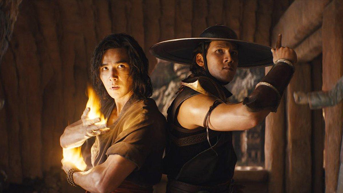 """Der deutsche Star in """"Mortal Kombat"""" und Schüler von Jackie Chan verrät uns: So geht gutes Action-Kino https://t.co/xFS2a70ruX https://t.co/NsWwfwpW5A"""