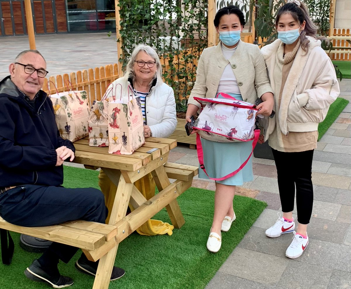RT @BIDLeicester: It was great to welcome our first customers in Green Dragon Square yesterday - they enjoyed their @GigglingSquid on a beautiful evening! We're open for #DineintheSquare again from 5pm today - parasols and blankets are available! https://t.co/sHy4YLOLdi