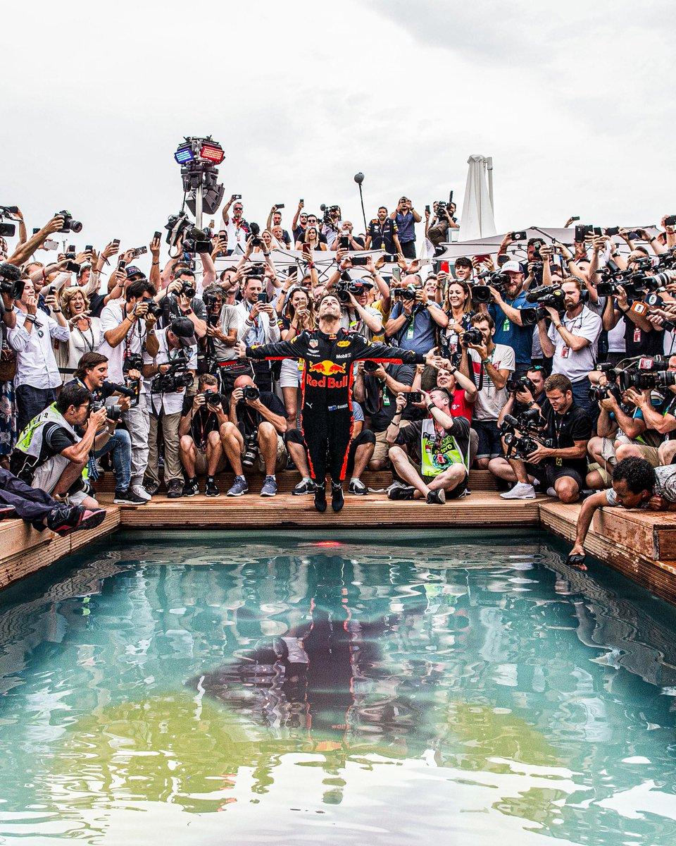 Still our favourite Monaco GP photo 💦📸 https://t.co/9r0kJJur1A