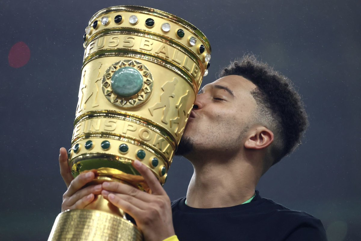 Jadon Sancho with the DFB Pokal after scoring a brace in the Final! 🌟 https://t.co/jxCta1EL1O