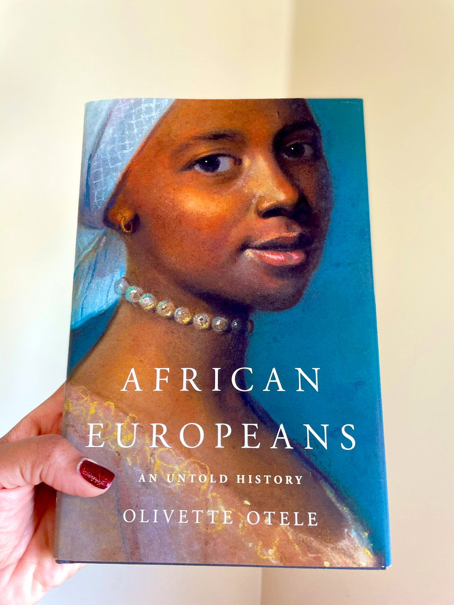 This book arrived in the mail today and made me enormously happy. So excited! 🙌🏾 #History https://t.co/fE3o6MoWqB