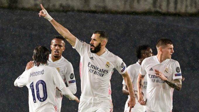 كريم بنزيما شارك في 30 هدفًا في 32 مباراة في