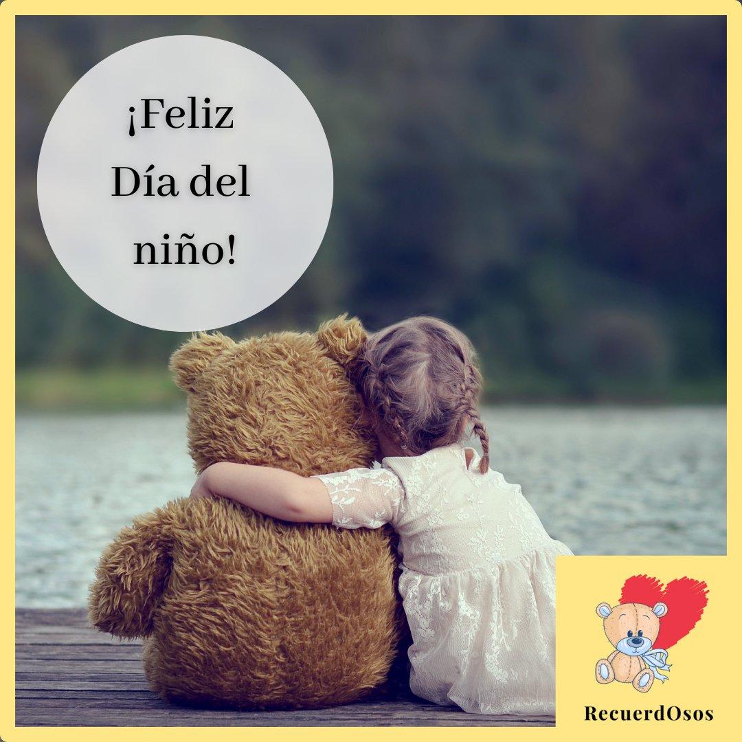 Cuando los niños sufren una pérdida, es necesario que sientan que esa persona aún está con ellos. Este Día del niño, regala a tus hijos un tierno peluche para recordar a su ser querido.   #FelizDiadelNiño #30deAbril #Regalos #RecuerdOsos #Peluches #Recordar