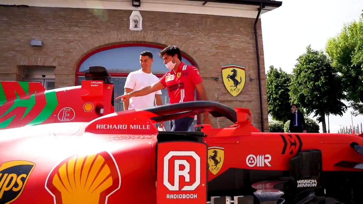 Just an ordinary day in Fiorano 😎🏎  @Charles_Leclerc @CarlosSainz55 @Cristiano  #essereFerrari 🔴 @Ferrari https://t.co/T3lDEMMO1Q