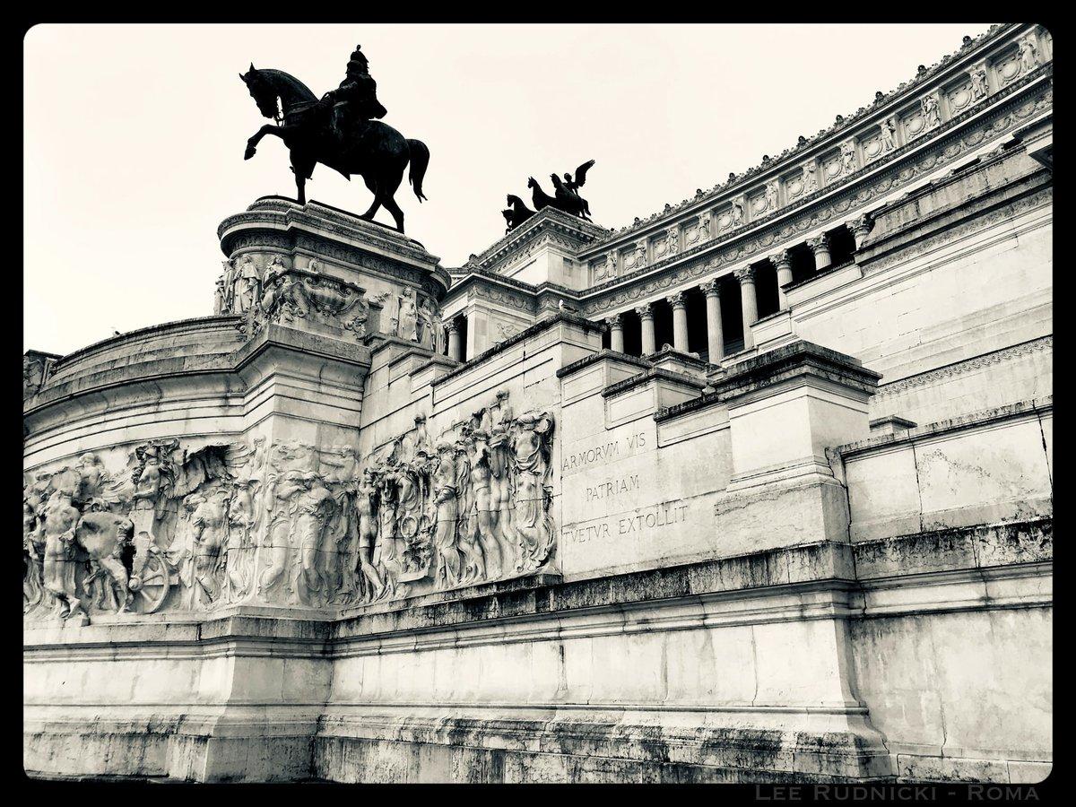 Roma Scene 7 #leerudnicki #photography #rome #roma #italy #italia #travel #ig #art #love  #picoftheday #igersroma #instagood #romeitaly #photooftheday #travelphotography #lazio #europe #igersitalia #paris #like #visitrome #instagram #history #photo #follow #travelgram #bhfyp https://t.co/CIm1wECVJ2
