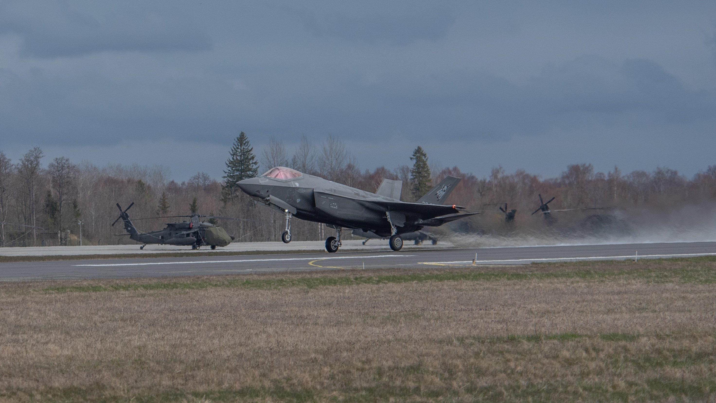 An Italian Air Force F-35 fighter aircraft taking off at Ämari Air Base, Estonia, during a training mission. Archive picture by Mario Trabalza.