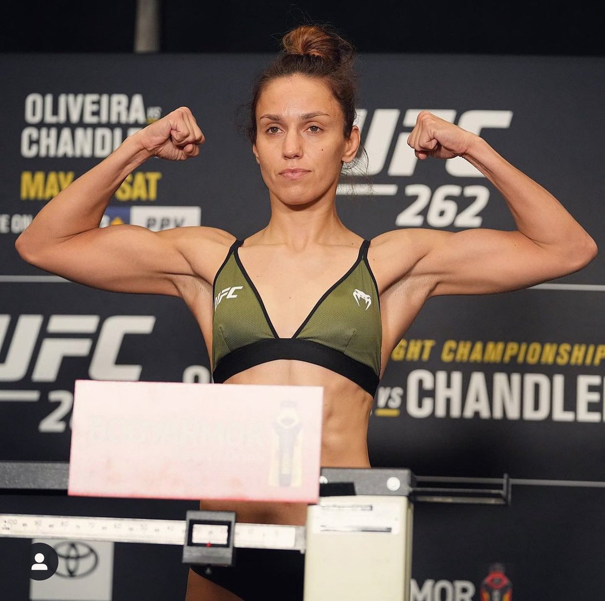Weight is done 👊🏻 125 lbs for @AntoninaPantera 💪🏻💪🏻💪🏻 Today is recovering all the power 💥 and tomorrow is the fight day ! Let's go my sister! 👊🏻👊🏻👊🏻 @ufc @venum https://t.co/fuvhs2rxjn