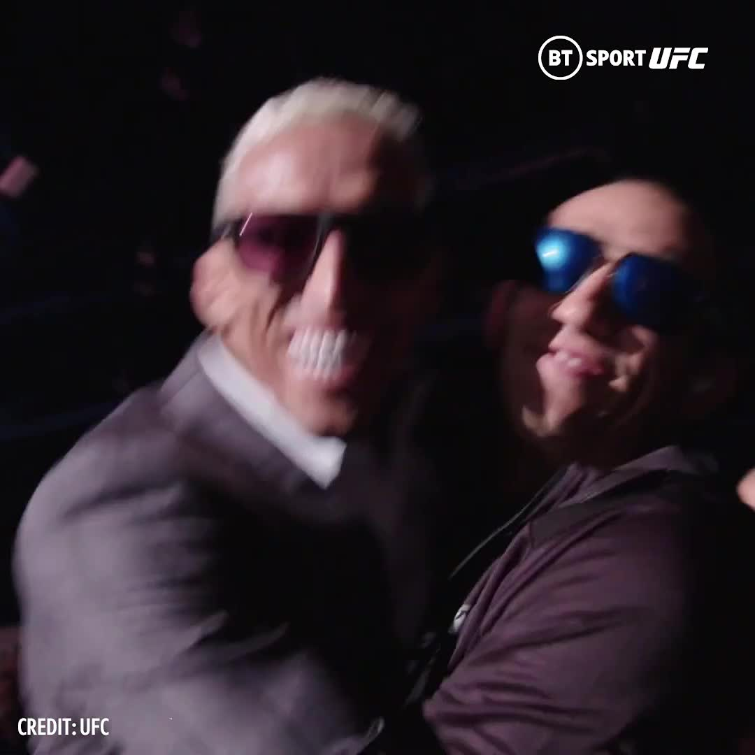 🕶 @CharlesDoBronxs tried to give @TonyFergusonXT a pep talk before he faced off with Beneil Dariush.  Instead El Cucuy responded by lifting him off his feet 😅 https://t.co/ar3ww3ezmB