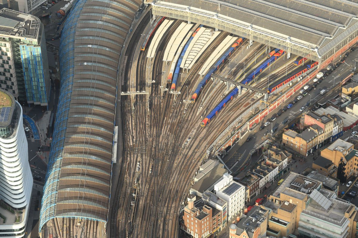 test Twitter Media - 🚁 Today's #Stationfromthesky is London Waterloo station ...  ❓ Did you know, the original station was demolished in 1902 to make way for the expansion of Waterloo; its successor was destroyed during an air raid in 1941 and never rebuilt.  📖 https://t.co/k6GDzbWH8N   @nrairops https://t.co/Su8c8cJBLb