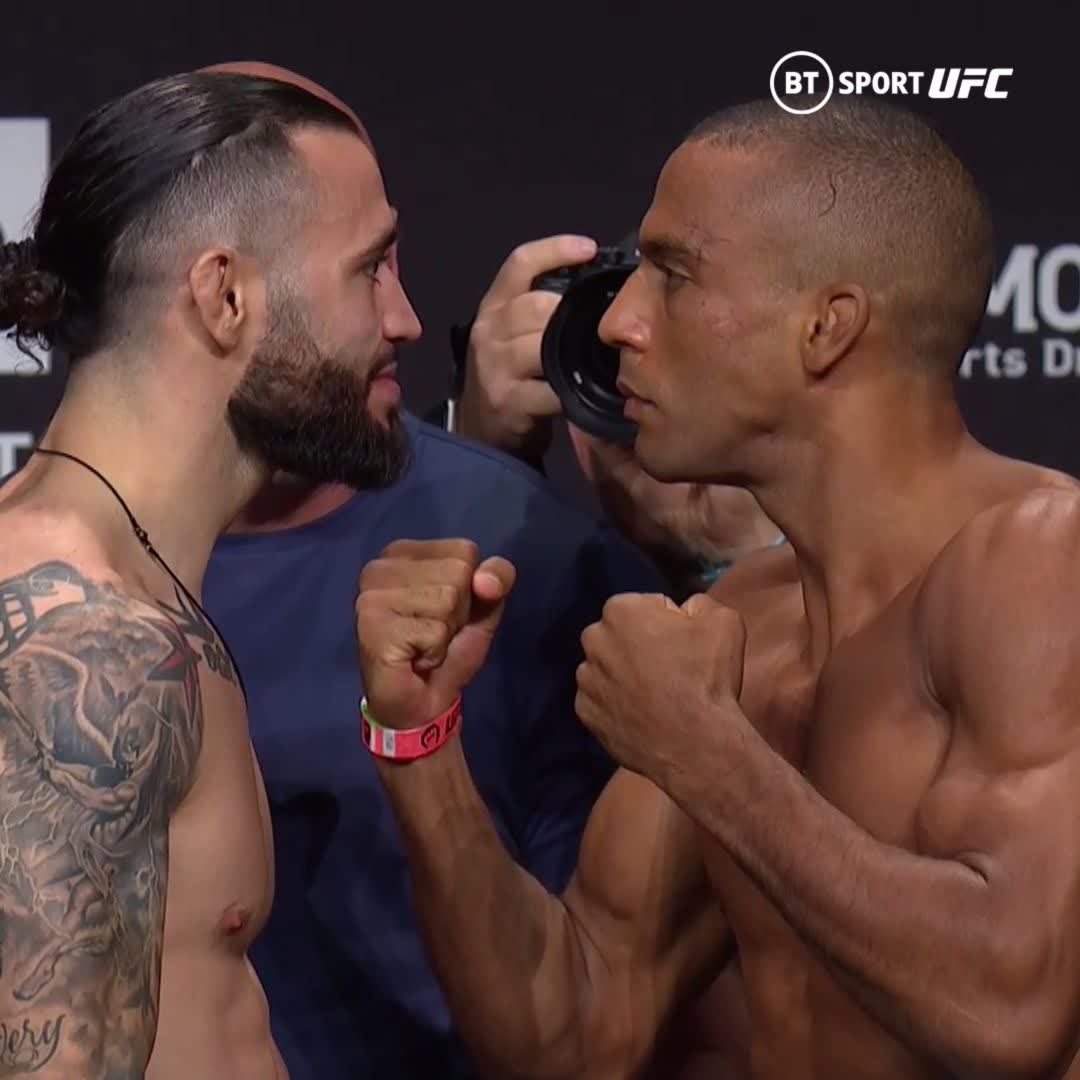 The Hurricane against one of the best highlight reels in the game!  @HurricaneShaneB against @EdsonbarbozaJR is going to be crazy!  What a way to start the main card!  #UFC262 | Sat 1am | BT Sport 1 HD https://t.co/PjehkrboGi