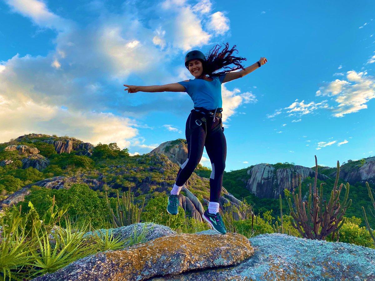 Não deixe que o medo te impeça de voar... 💚🌵🙏🏻 #goodvibes #natureza #nature #aventura #adventure #radical #trilha #paraiba #Brasil #crazy #adrenalina #Turismo #surreal #girl #girlpower #Gratidao #deus #esportes #aventureiros #foryou #explorar