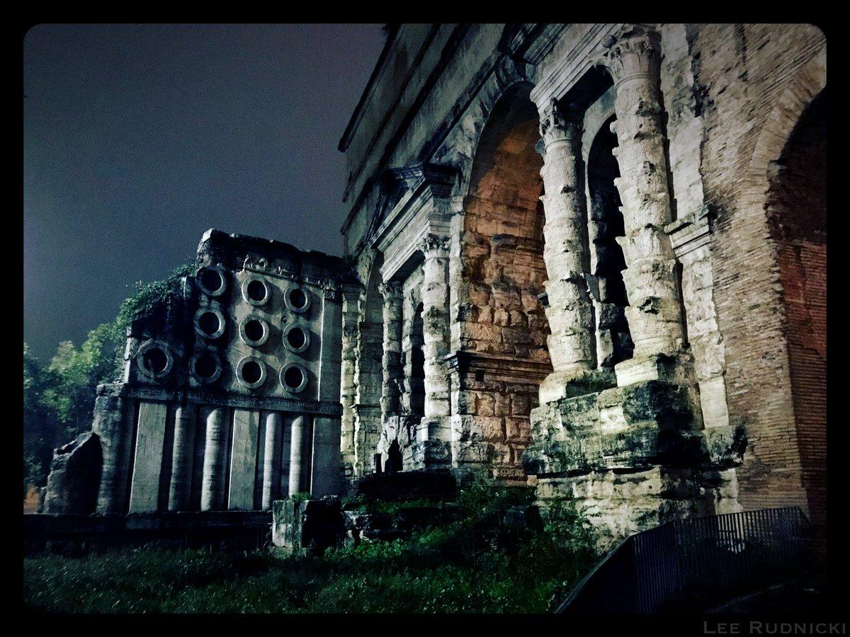 Roma Scene 7 #leerudnicki #photography #rome #roma #italy #italia #travel #ig #art #love  #picoftheday #igersroma #instagood #romeitaly #photooftheday #travelphotography #lazio #europe #igersitalia #paris #like #visitrome #instagram #history #photo #follow #travelgram #bhfyp https://t.co/8GCE73zw9c