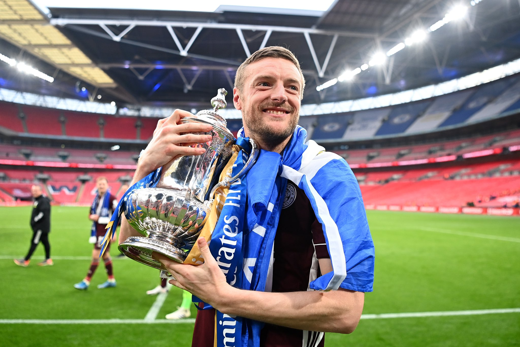 """Jamie Vardy on Twitter: """"FA Cup...completed it mate! 💙… """""""