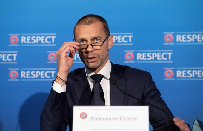 ألكسندر تشيفيرين [رئيس ]:بعد عام عانى فيه