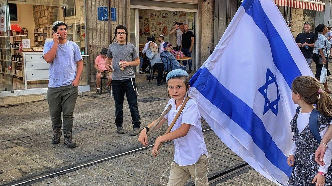 اسرائيل هي الوطنُ الوحيد ولا يُمكننا التفريط فيه  – اسعد الله اوقاتكم سكان دول الخليج  RamiCohen …